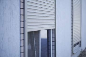 Faire installer des volets roulants dans un appartement à Toulouse